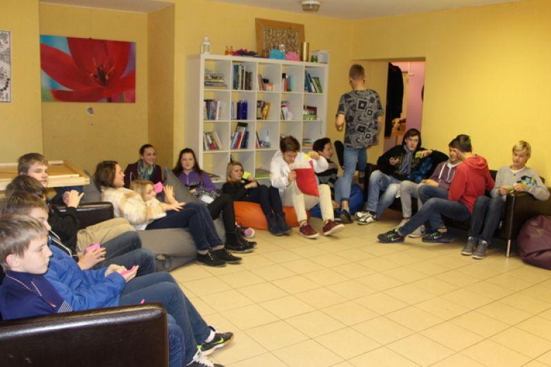 Vienaudžu izglītotāji apmeklē Ķekavas JIC | Patvērums Drošā Māja