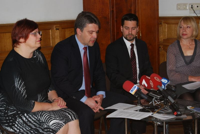 S. Zalcmane, J. Jansons, E. Makkartijs, L. Ivančenko