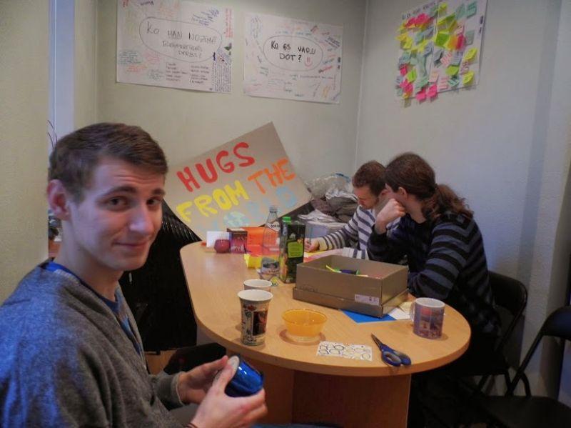 Brīvprātīgo organizēta Apskaušanās akcija | Patvērums Drošā Māja