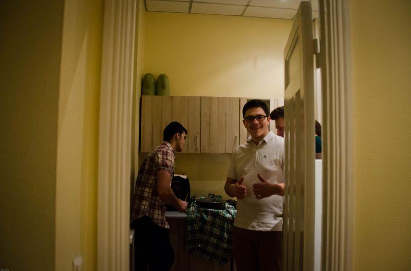Brīvprātīgais prezentē Tadžikistānu | Patvērums Drošā Māja