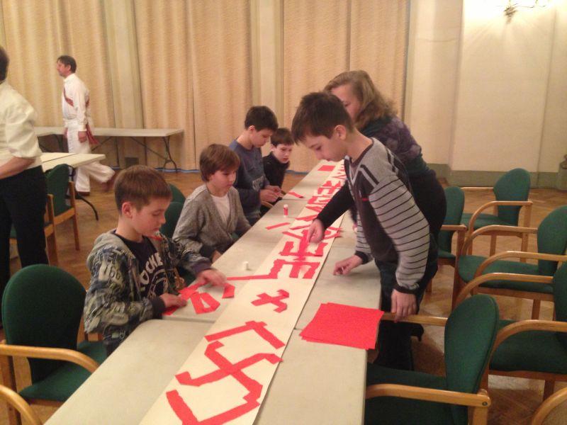 """Biedrība """"Patvērums """"Drošā māja"""""""" un Rīgas Latviešu biedrība """"Sprīdīša skolas"""" ietvaros, šā gada 23. aprīlī organizēja pasākumu """"Raksti un zīmes""""."""