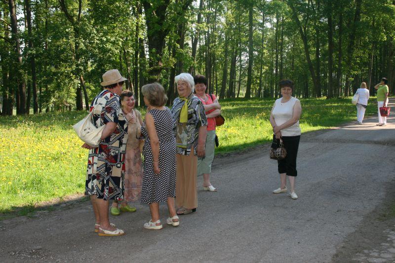 Seniori 3 dienas iepazīst latvisko dzīvesziņu | Patvērums Drošā Māja